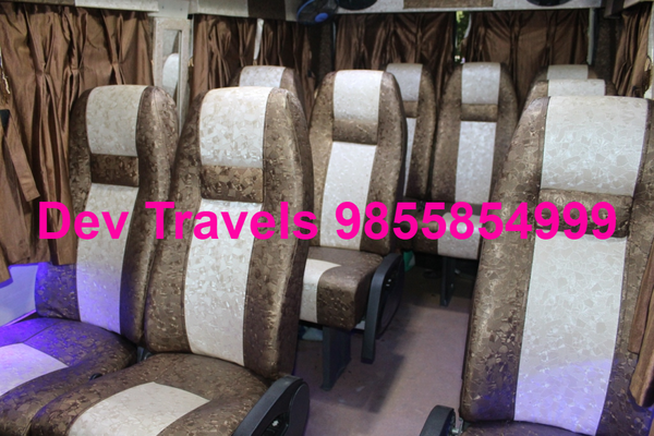 9 seater tempo traveller